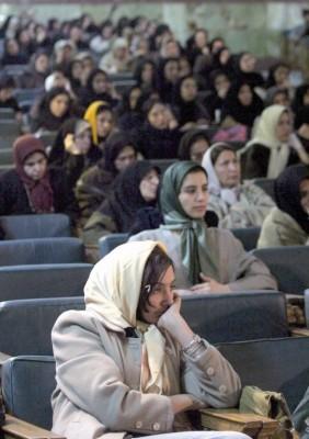 Asistentes a una reunión de disidentes iraníes