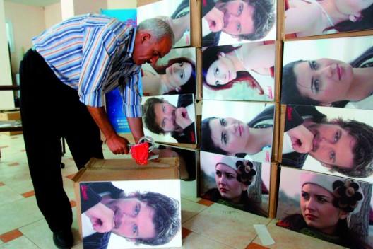 """fotografías de los protagonistas de la popular serie de televisión turca """"Noor"""""""