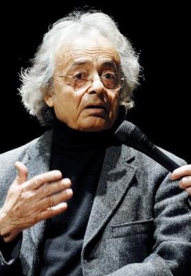 El poeta sirio Adonis, pseudónimo de Ali Ahmad Said Asbar
