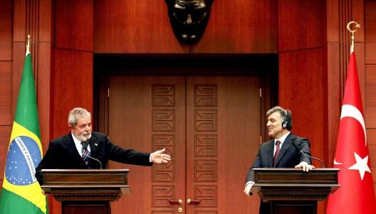 Los presidentes de Brasil y Turquía, Luiz Inacio Lula da Silva y Abdullah Gül