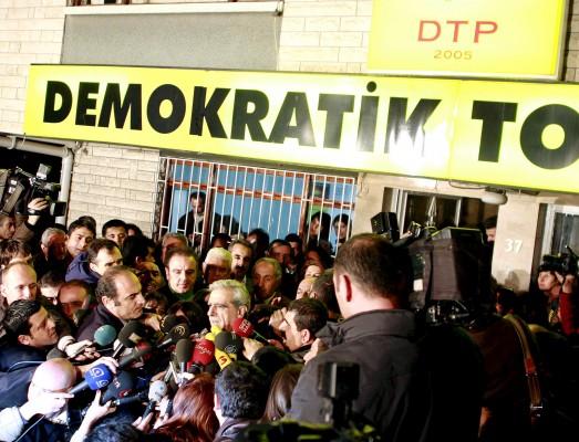 Ahmet Türk, líder del DTP (Partido de la Sociedad Democrática)