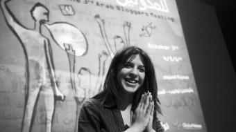 Lina Ben Mhenni en el 3er Encuentro de blogueros árabes