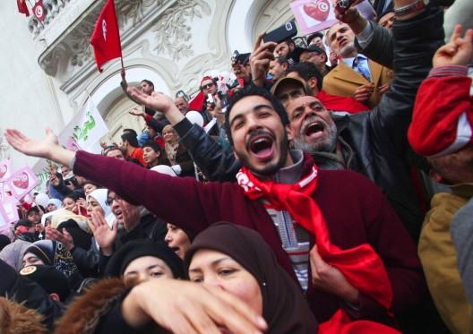 Concentración para celebrar el primer aniversario del triunfo de la revolución que acabó con Ben Ali