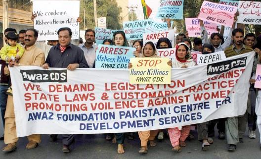 Activistas de partidos políticos y organizaciones civiles